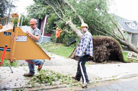 hurricaneigor.low.09-22-10.5755.003